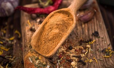How to grind cinnamon at home